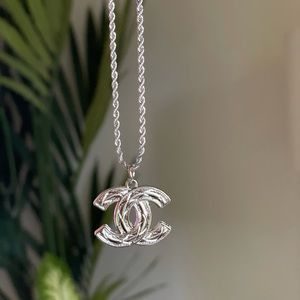 CHANEL Quilted CC White Gold Silver Rope Necklace